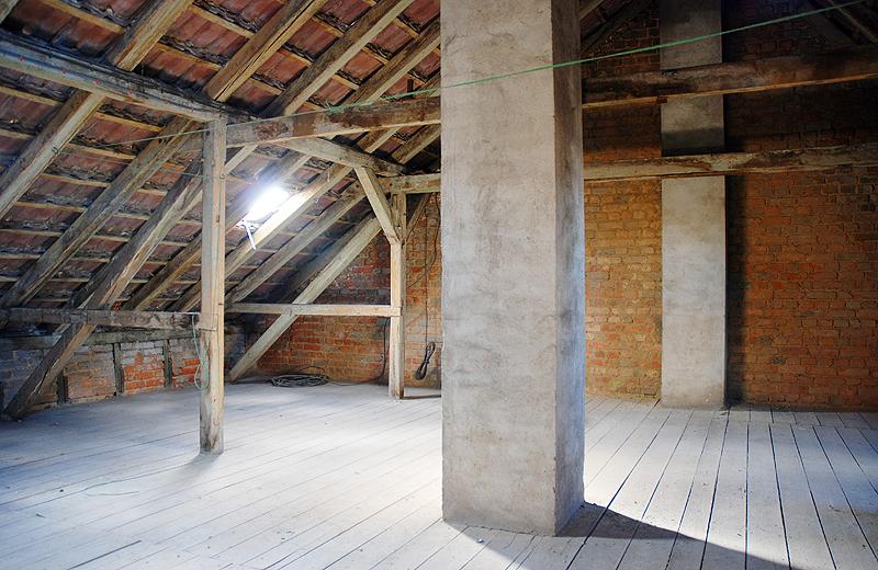 Dachboden Mietshaus