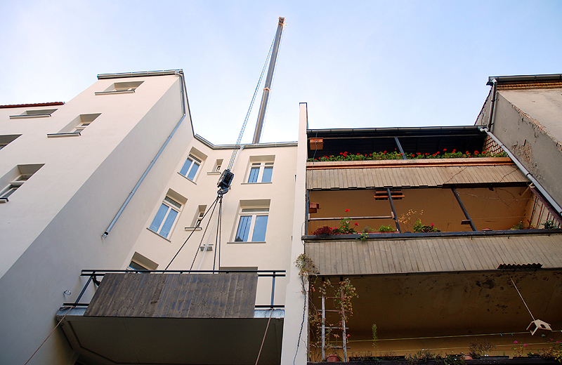 Alt vs. Neu Balkons MiethŠuser