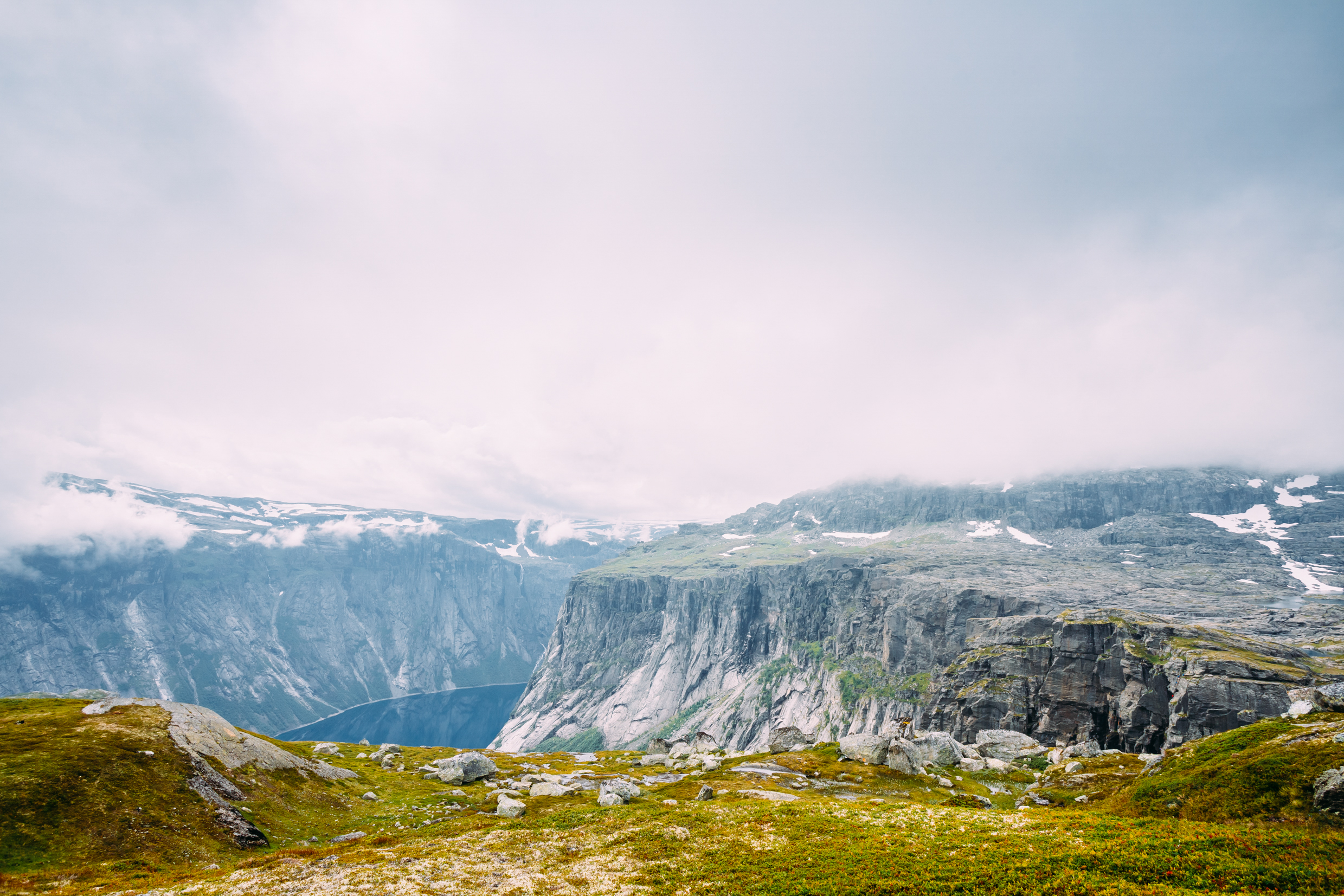 Mountains - Film Locations and Video Production Service in Norway, Oslo, Bergen